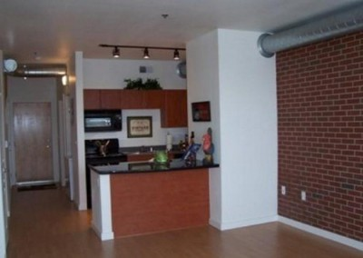 kitchen-with-brick-wall